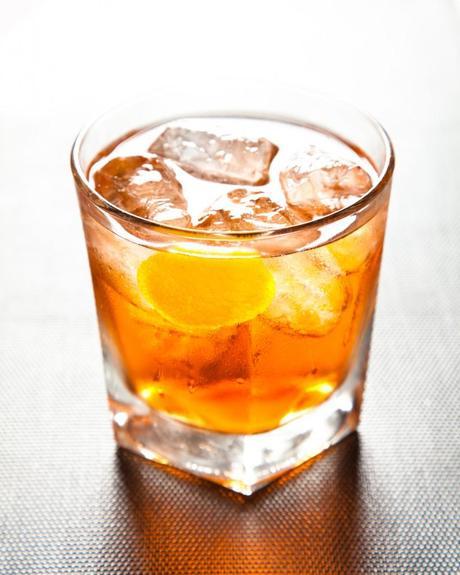 prunier-negroni-charentais-cocktail-pineau-charentes